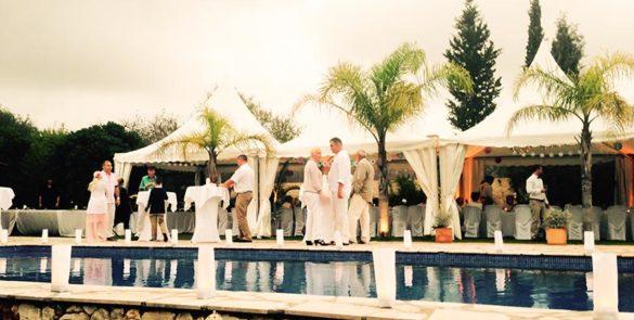 Hochzeit am Pool